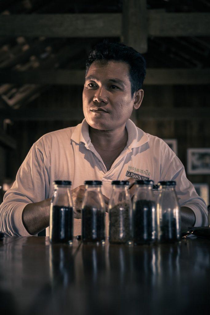 Guide à La Plantation, une plantation de poivre de Kampot au Cambodge