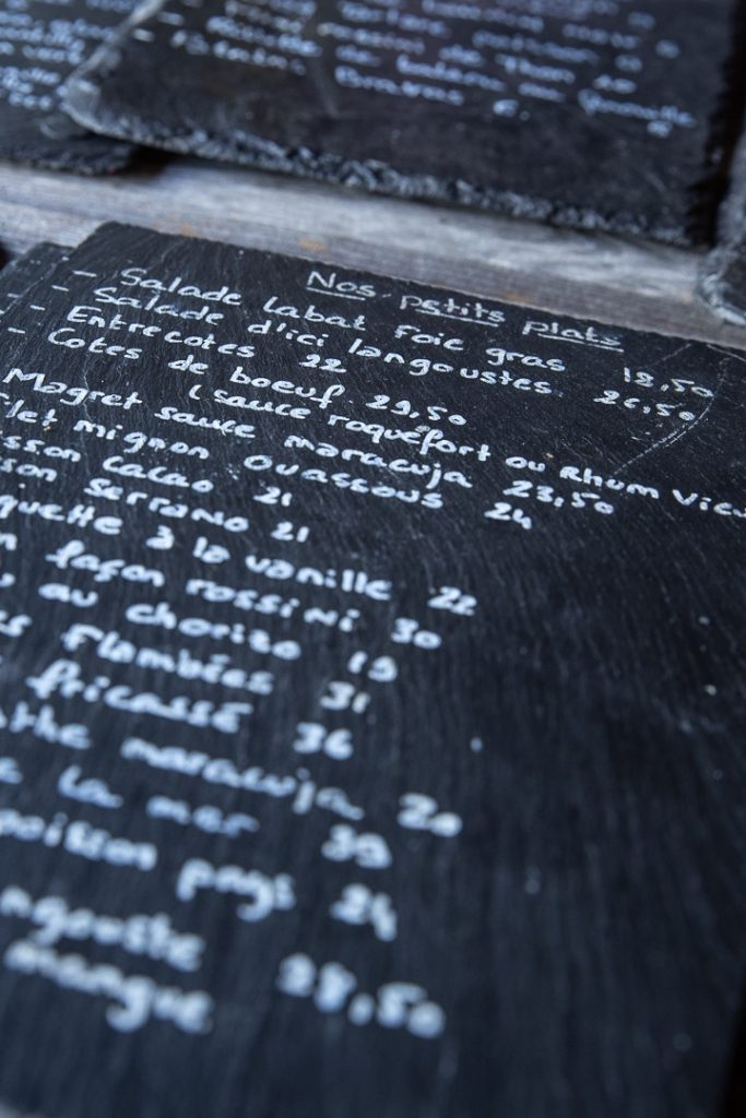 Menu à la table du père Labat, le restaurant de la plus vieille distillerie de Guadeloupe