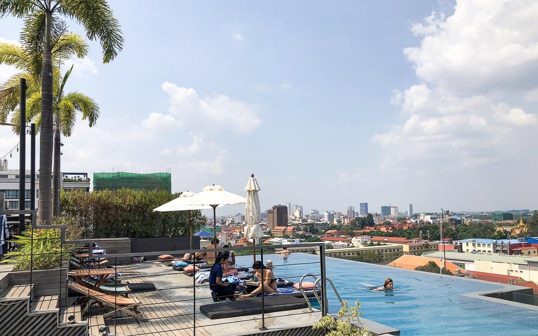 Piscine de l'hotel Aquarius & urban resort à Phnom Penh