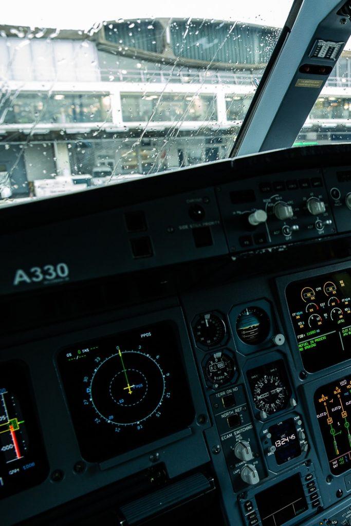 Cockpit vol XL Airways Paris Pointe à Pitre