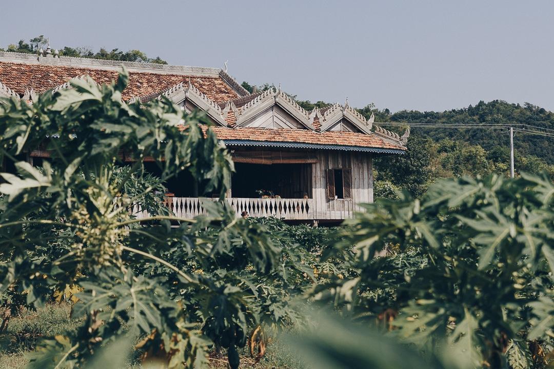 Le sublime bâtiment traditionnel khmer à la Plantation, domaine de plantation de poivre de kampot #cambodge