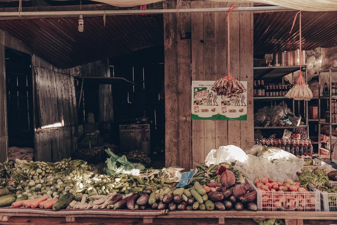 Etale du marché de Banteay Chhmar, Cambodge