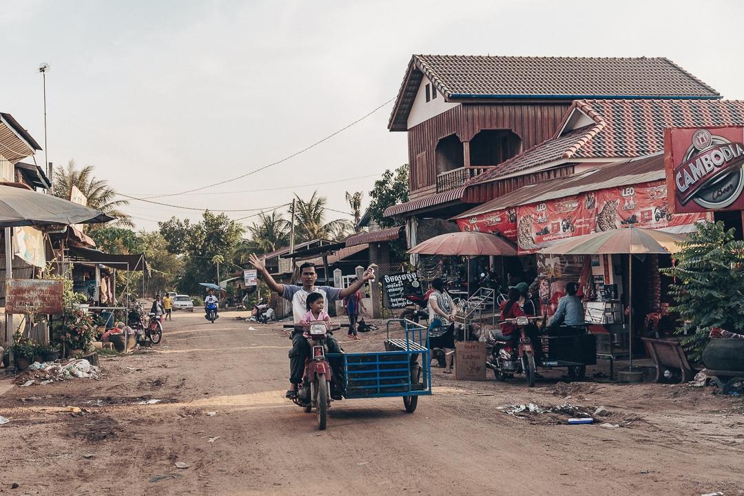 Rue de Banteay Chhmar, un village retiré du Cambodge