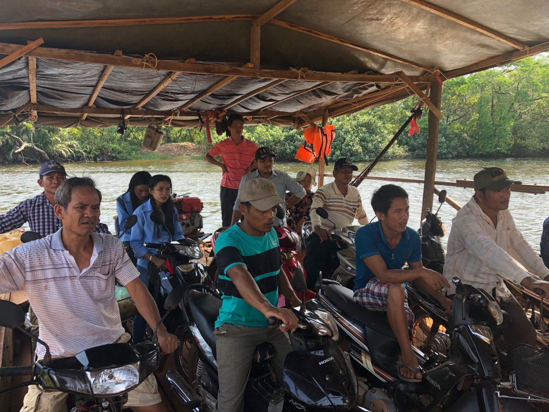 Passage de fleuve à Kampot