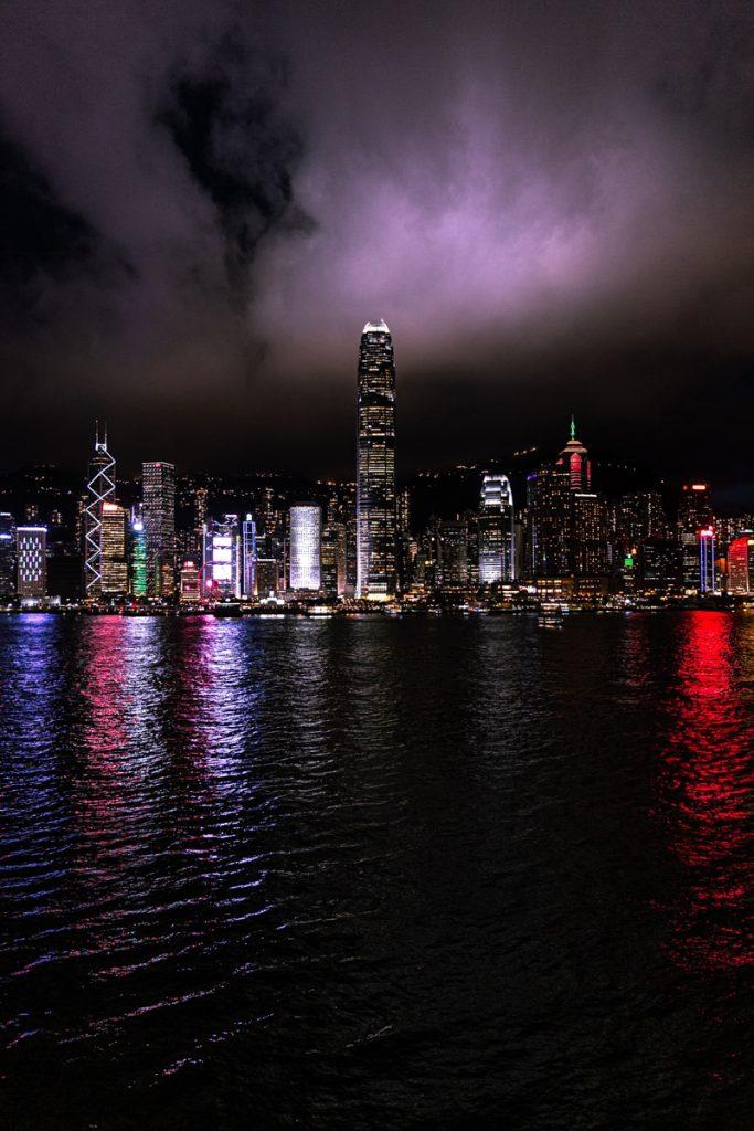 Skyline de Hong Kong de nuit #discoverhongkong