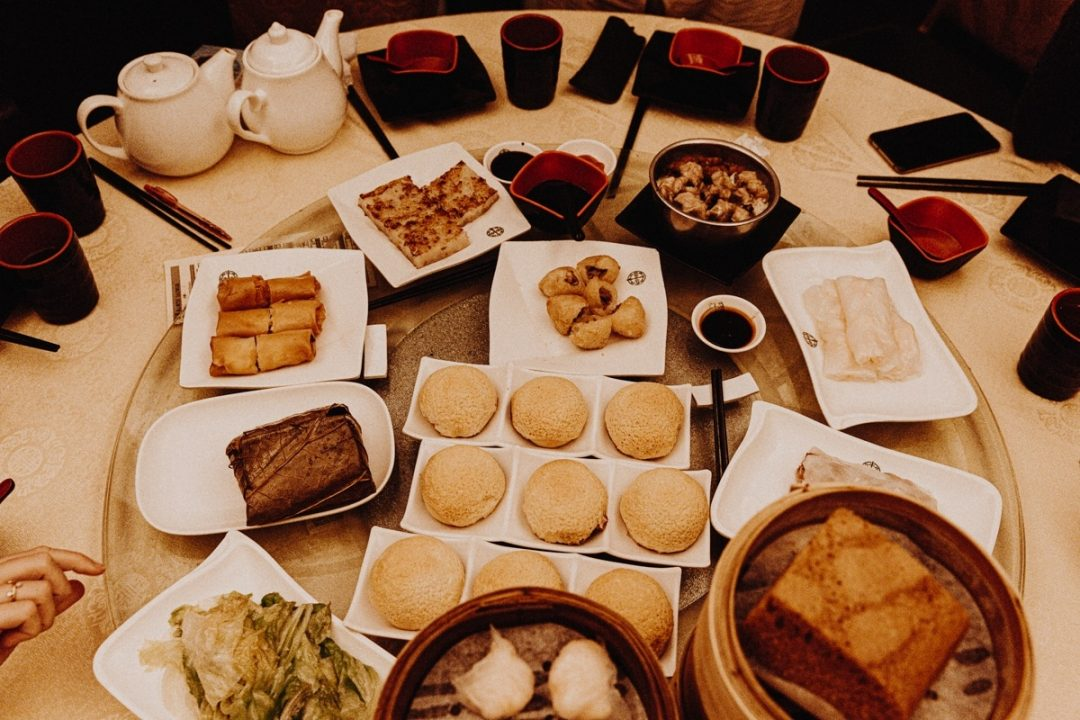 Où manger pas cher à Hong Kong ? Tim Ho Wan est un restaurant de rue étoilé Michelin et on y mange pour vraiment pas cher #discoverhongkong #hongkong