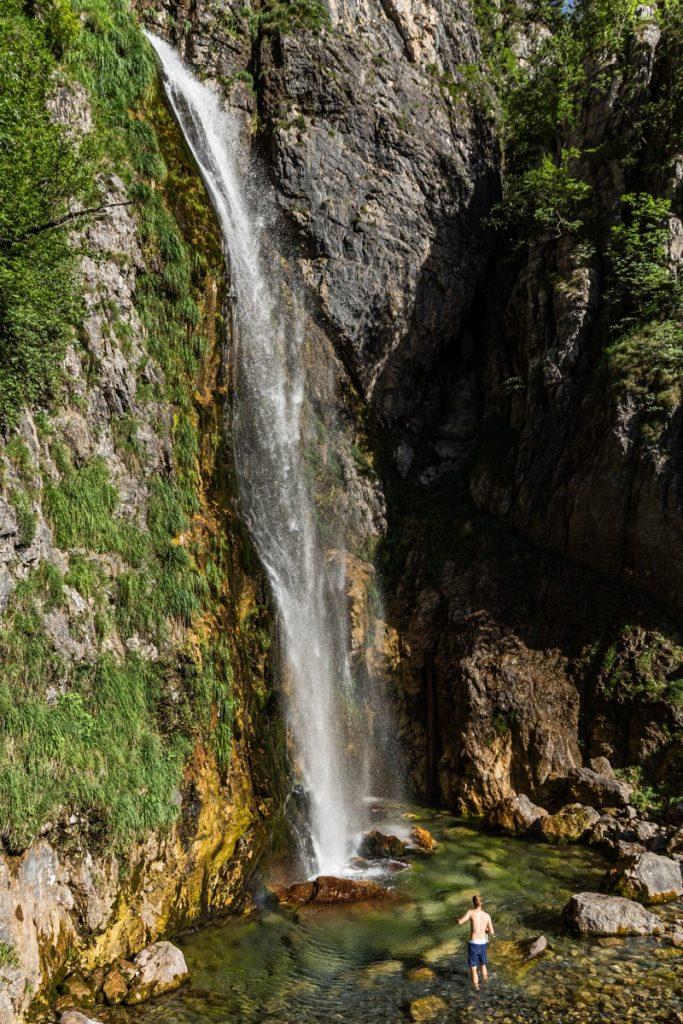 Cascades de Grunas, une randonnée de 3h autour de Theth en albanie