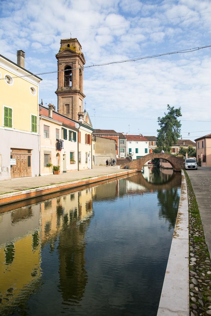 Les canaux de Comacchio dans le delta du Pô- Emilie-Romagne, Italie