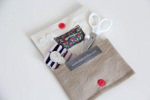 Kit de couture fait main, un cadeau à offrir à Noël à un voyageur