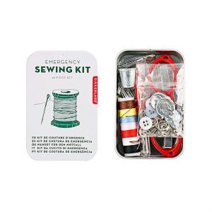 Kit de couture un cadeau pas cher à offrir à Noël à un voyageur