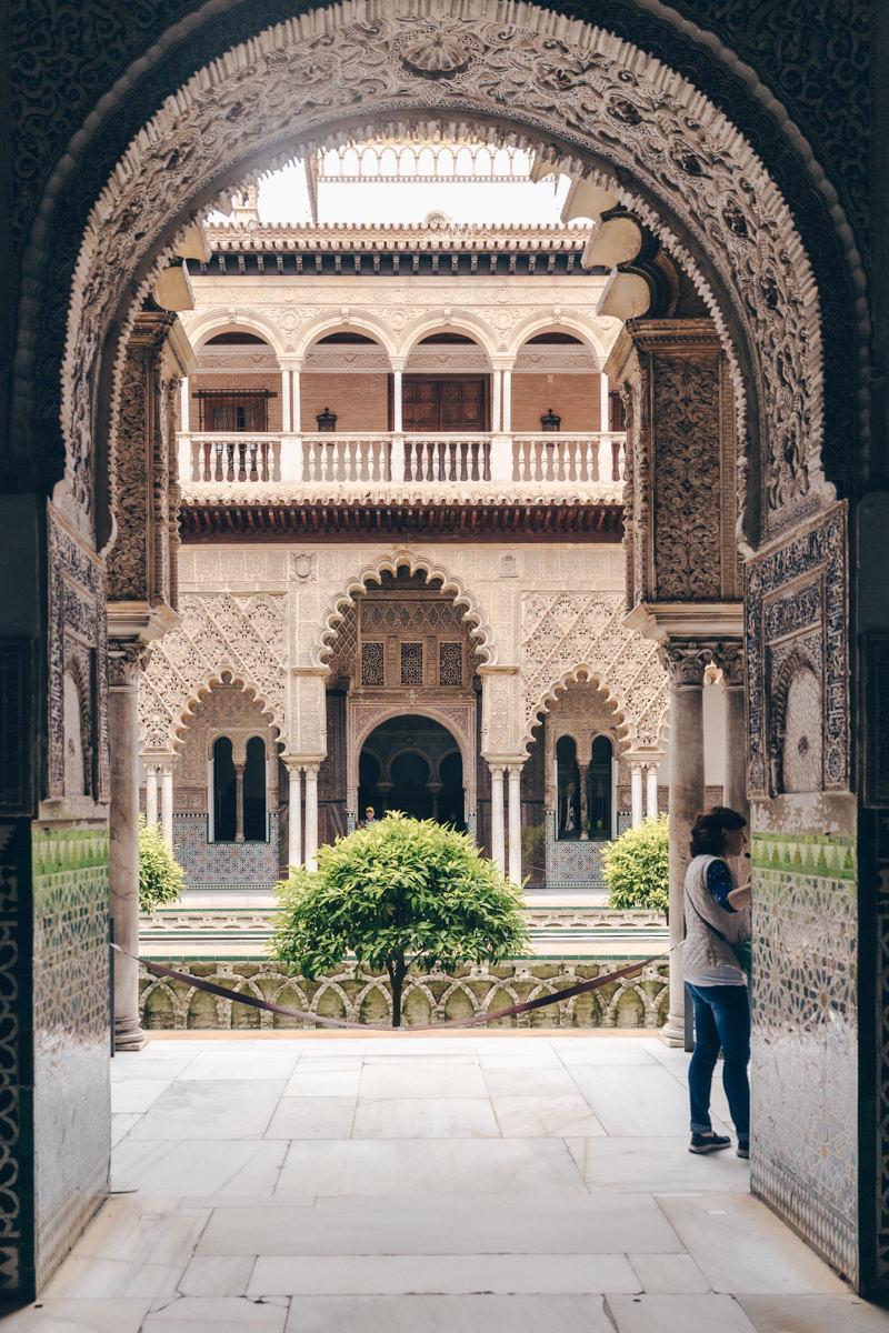 Patio du Real Alcazar à Séville