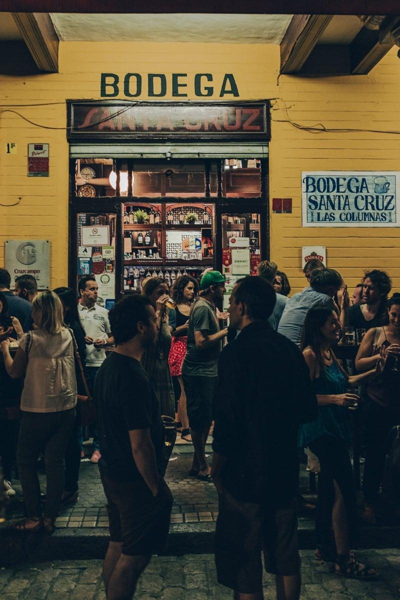 Bodega dans le quartier de Santa Cruz à Séville en Andalousie #espagne