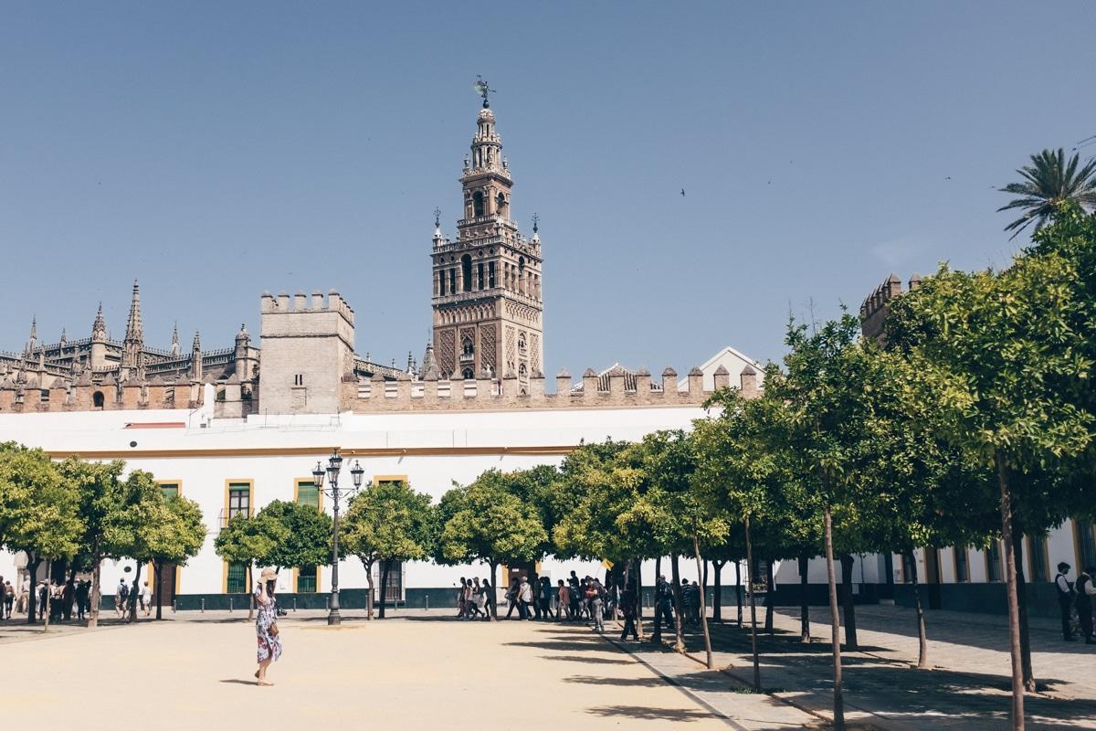 Le patio de banderas, Séville