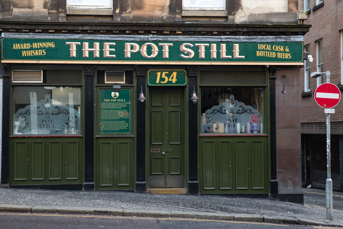 The Pot still est un pub historique et traditionnel à Glasgow - Ecosse