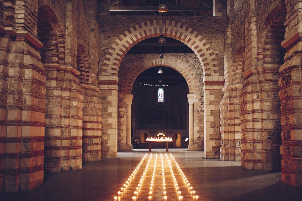 Intérieur de l'abbatiale Déas à Saint Philibert de Grand Lieu. C'est le plus vieil édifice patrimonial de Loire Atlantique