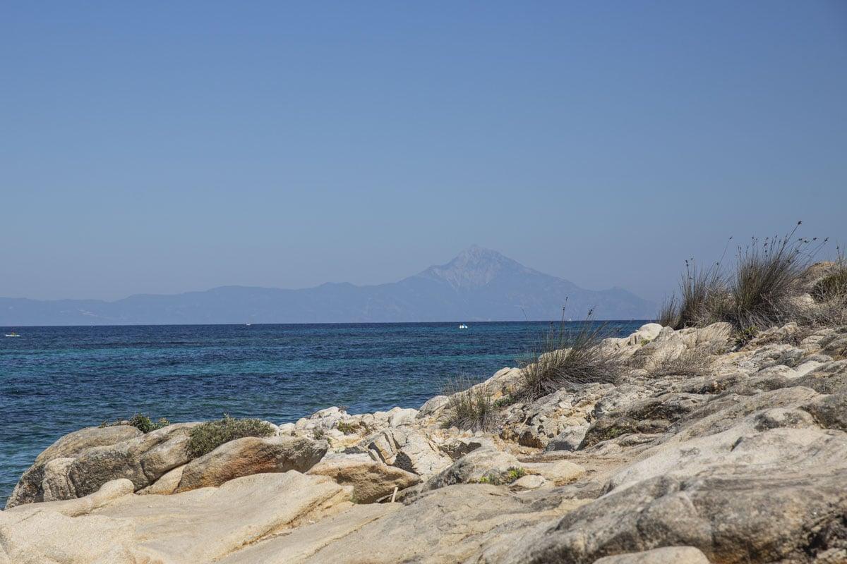 Vue sur le mont Athos depuis la péninsule de Sithonia