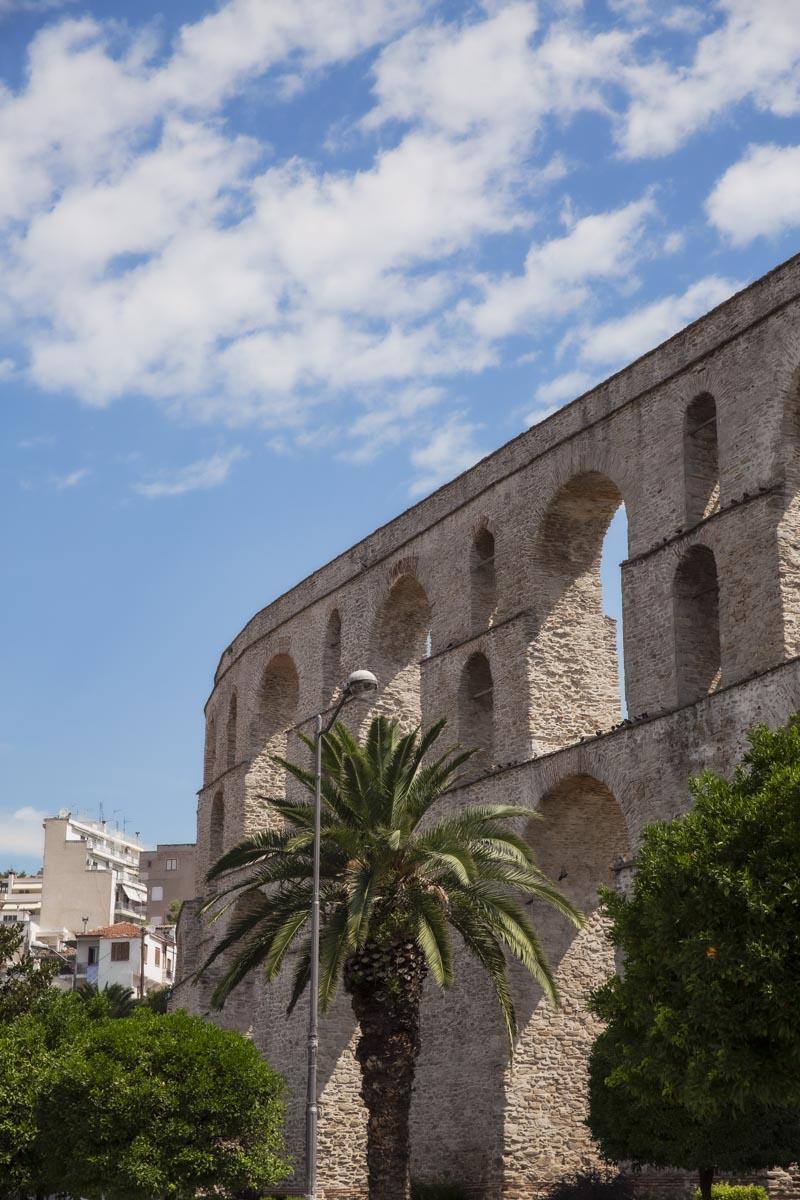 Aqueduc de Kamares en plein coeur de Kavala #grèce