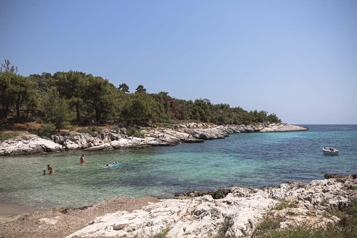 Agia anna, une petite crique de l'ile grecque de Thassos