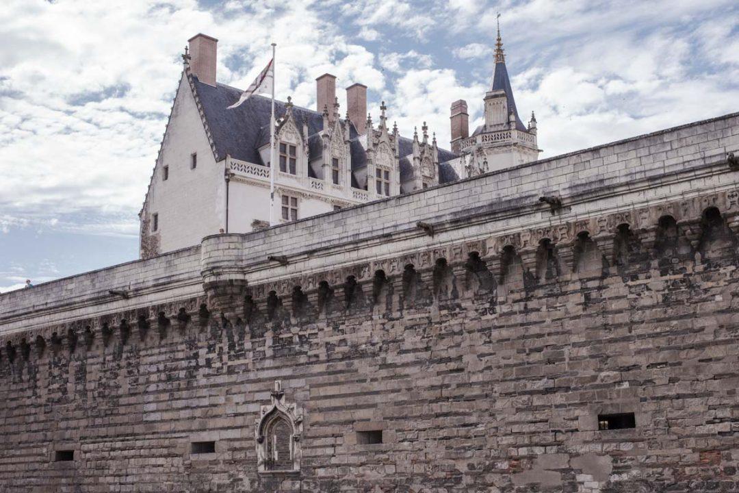Où dormir à Nantes vers le château des ducs de Bretagne et le quartier du Bouffay.