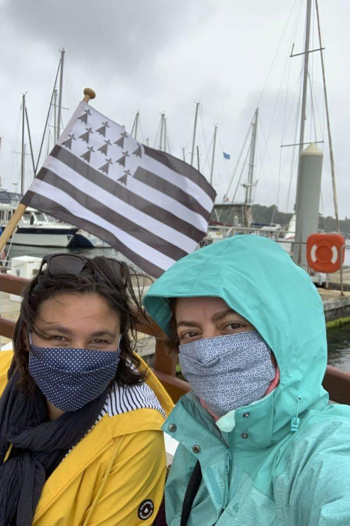 Le masque est obligatoire sur les marchés, sur les bateaux et dans les transports en commun dans le Finistère
