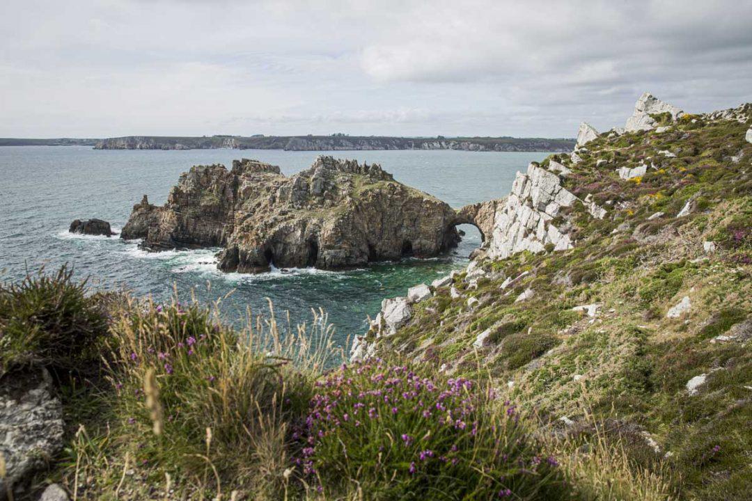 Le château de Dinan sur la presqu'île de Crozon dans le sud du Finistère