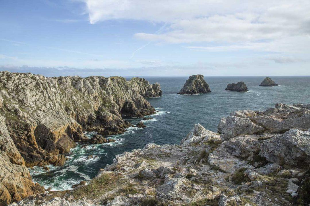 les tas de Pois de la pointe de Penhir sur la presqu'ile de Crozon dans le Finistère