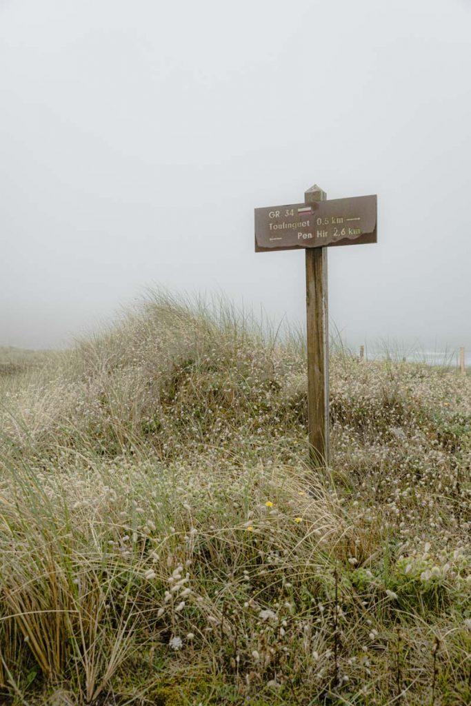 GR34 sur la plage du Toulinguet sur la presqu'île de Crozon