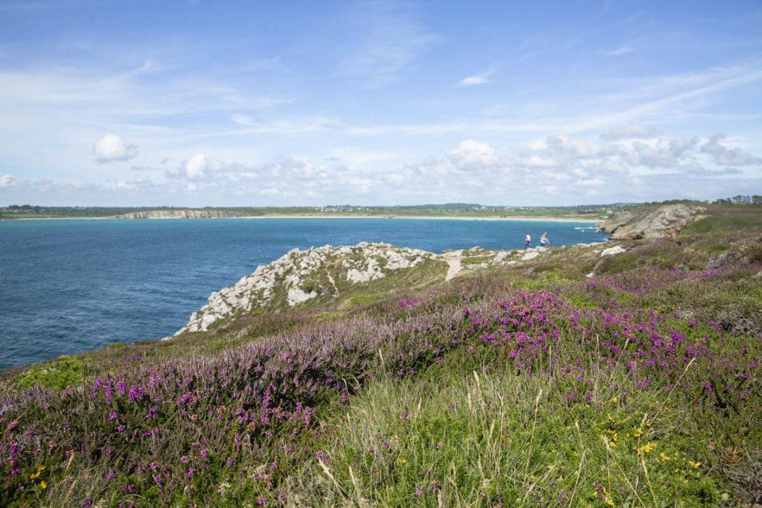 La pointe de Dinan sur la presqu'île de Crozon dans le Finistère en Bretagne