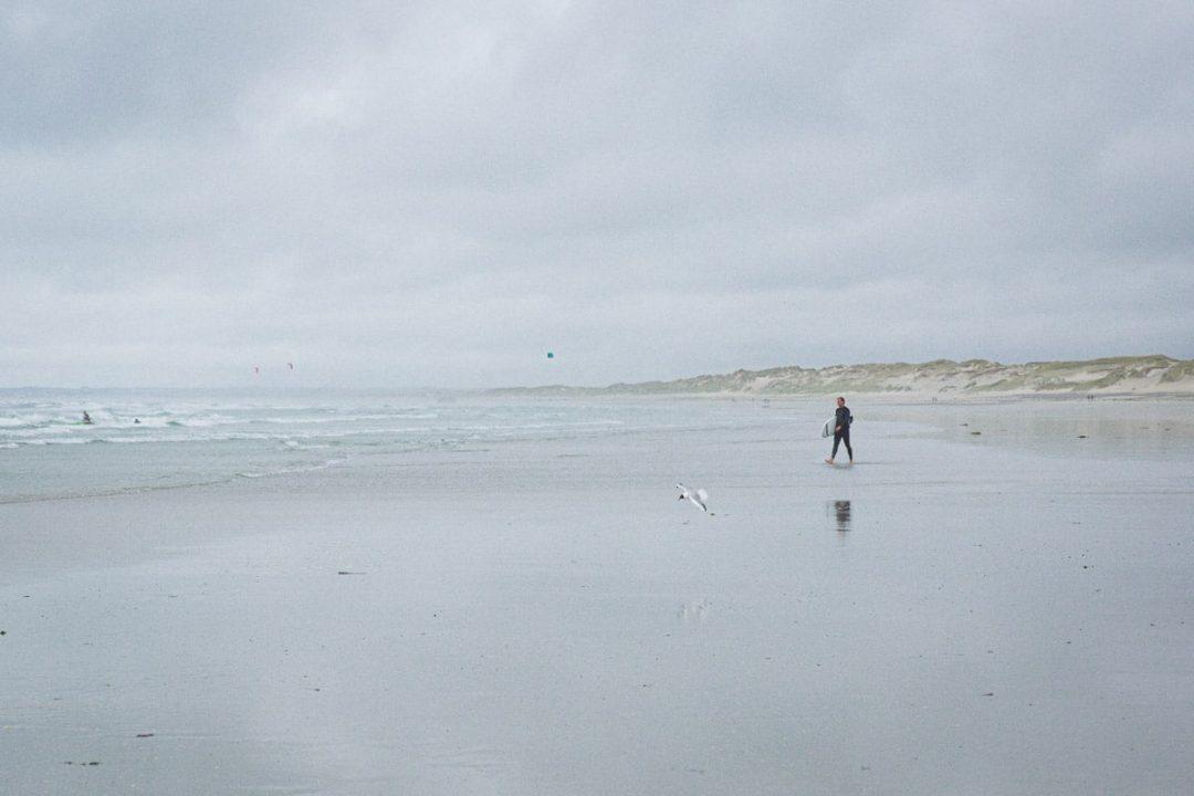 La pointe de la Torche est les paradis de la glisse, le paradis des surfers en Bretagne