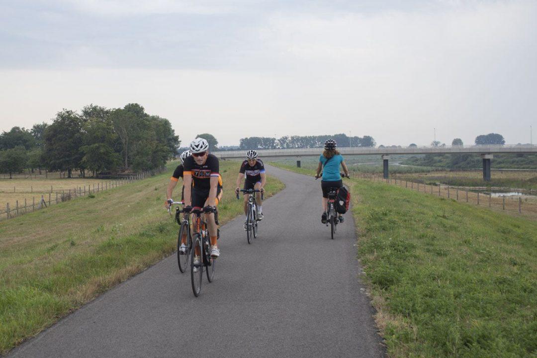 Le dimanche est un jour de vélo aux Pays-Bas.